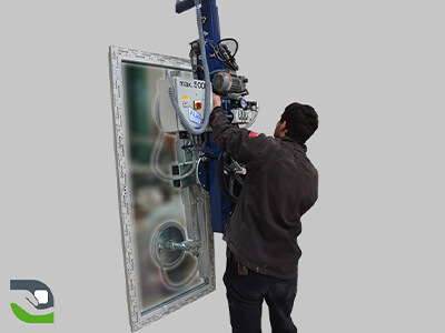 Glass panel lifting, Window handling, Handling assistance solution for carpentry